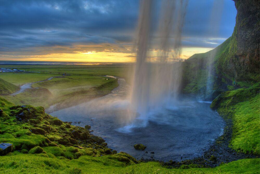 شلال سيلياندفوس في أيسلندا