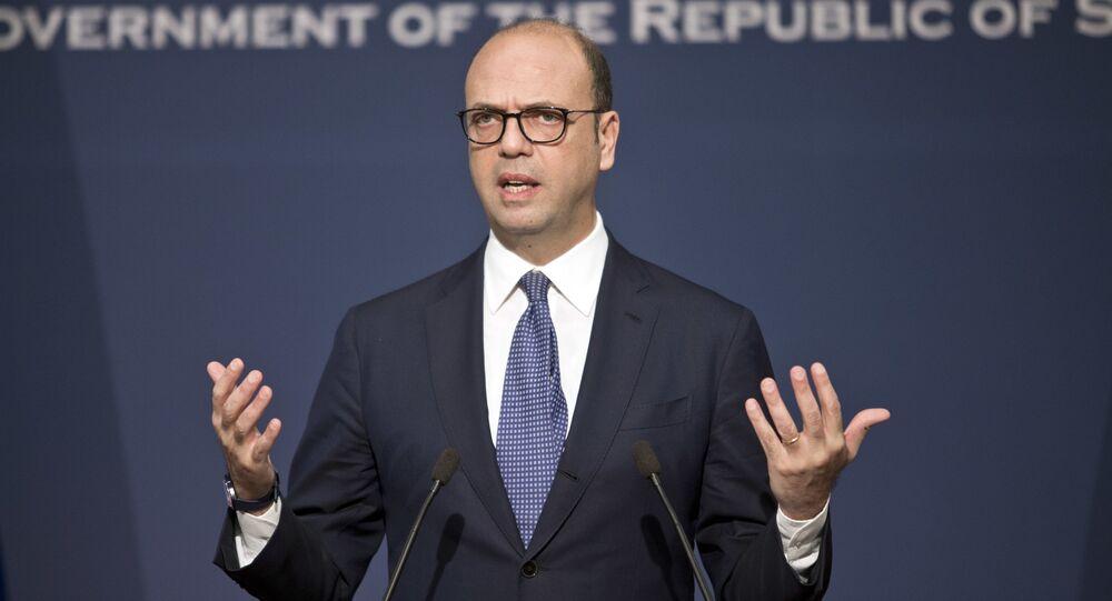 وزير الخارجية الإيطالي، انجيلينو ألفانو