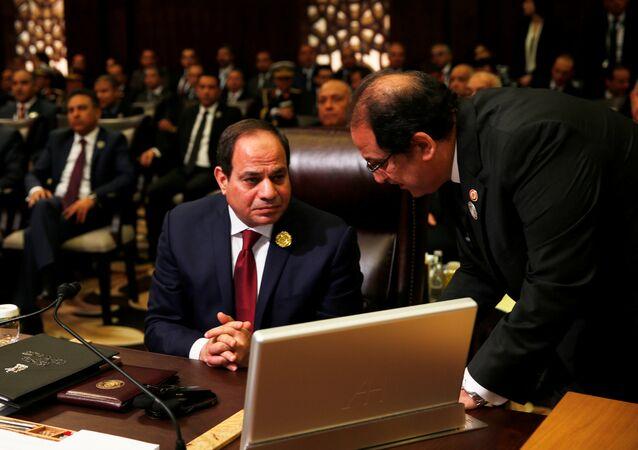 السيسي في القمة العربية