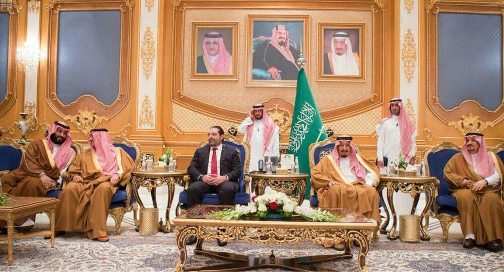 الملك السعودي ورئيس الحكومة اللبنانية سعد الحريري