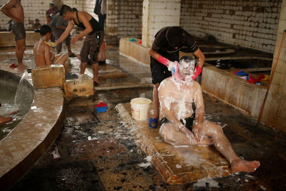 حمام عين العليل في جنوب الموصل، 3 ابريل/ نيسان 2017