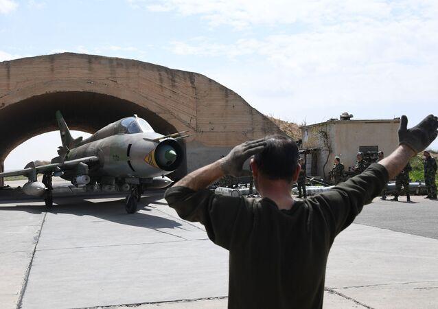القوات الجوية السورية تستأنف الطيران الجوي من مطار القاعدة الجوية السورية الشعيرات، سوريا