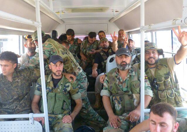 الشارع السوري يرد على العدوان الأمريكي