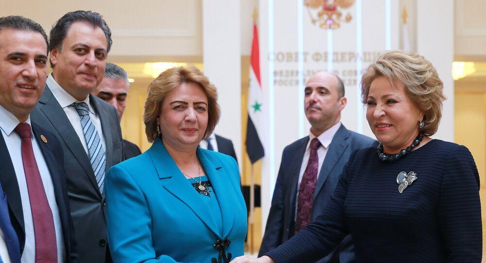 رئيسة مجلس الاتحاد الروسي فالينتينا ماتفيينكو تجري لقاء مع رئيسة مجلس الشعب السوري هدية عباس