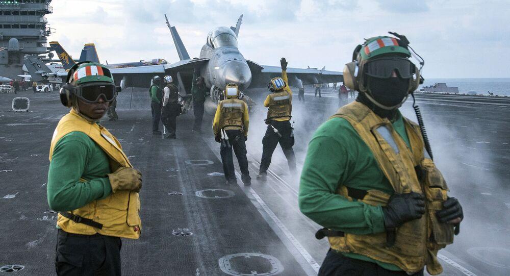 البحرية الأمريكية