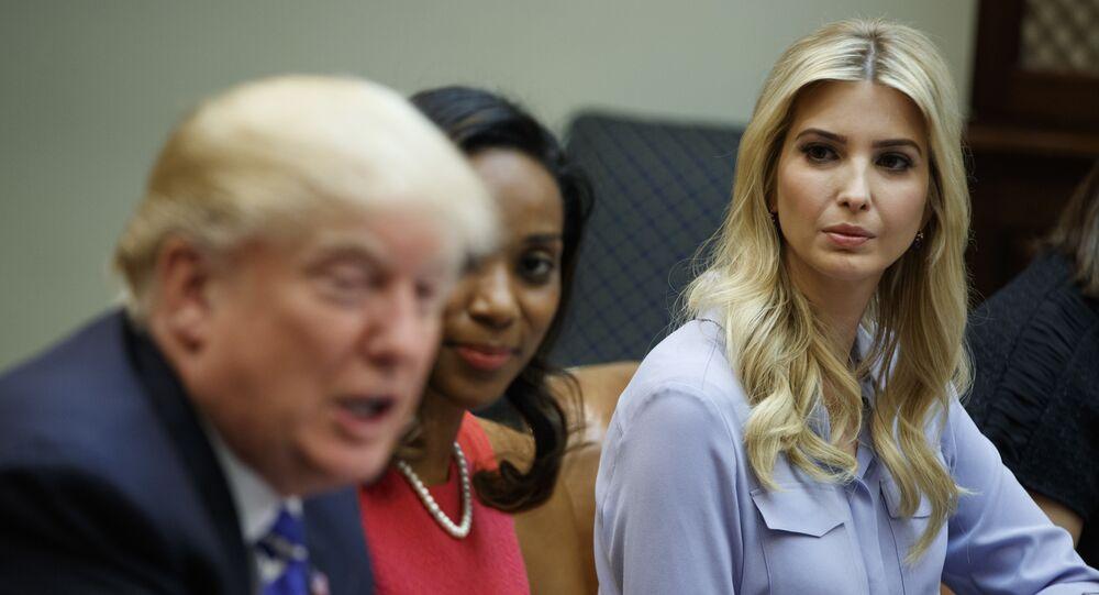 الرئيس الأمريكي دونالد ترامب وابنته إيفانكا