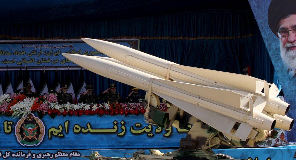 العرض العسكري بمناسبة يوم الجيش في طهران، إيران 18 أبريل/ نيسان 2017