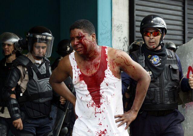احتجاجات ومظاهرات مناهضة لحكومة فنزويلا في كاراكاس، 19 أبريل/ نيسان 2017