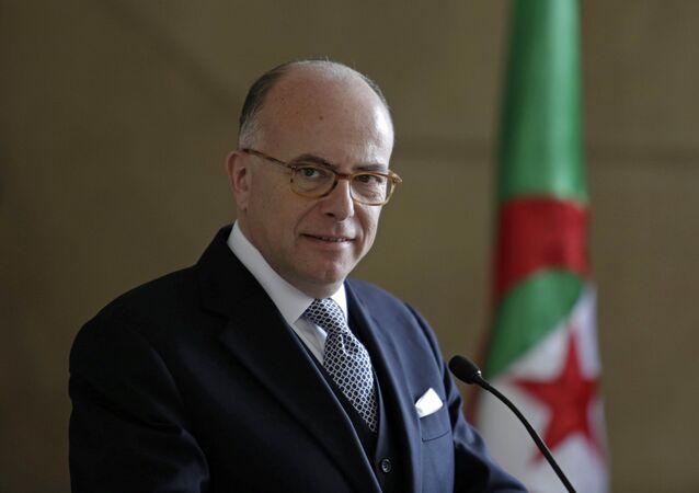رئيس وزراء فرنسا برنار كازنوف