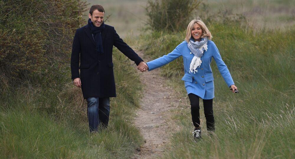 إيمانويل ماكرون وزوجته بريجيت ترونيو