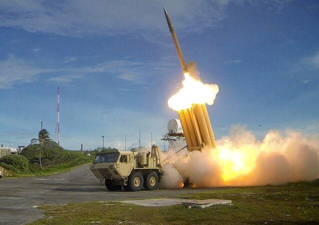 صواريخ ثاد