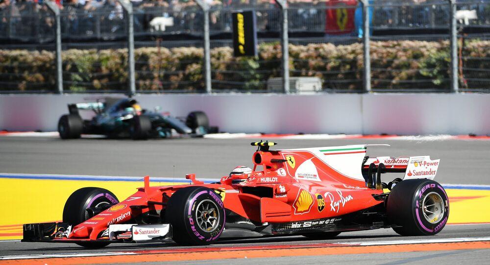 المتسابق كيمي رايكونين من فريق فيراري الجائزة الكبرى لـ فورمولا-1 في سوتشي