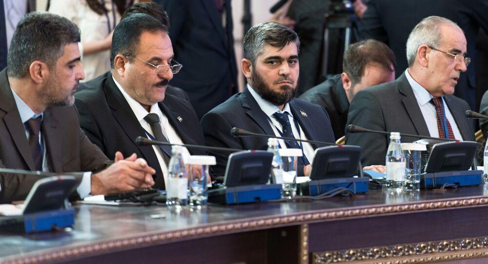 وفد إحدى جماعات المعارضة السورية إلى محادثات استانة