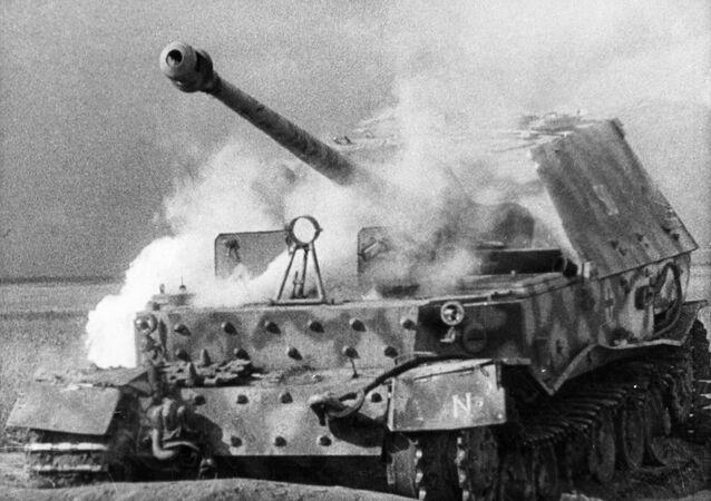 لقطة من فيلم الحرب الوطنية الكبرى