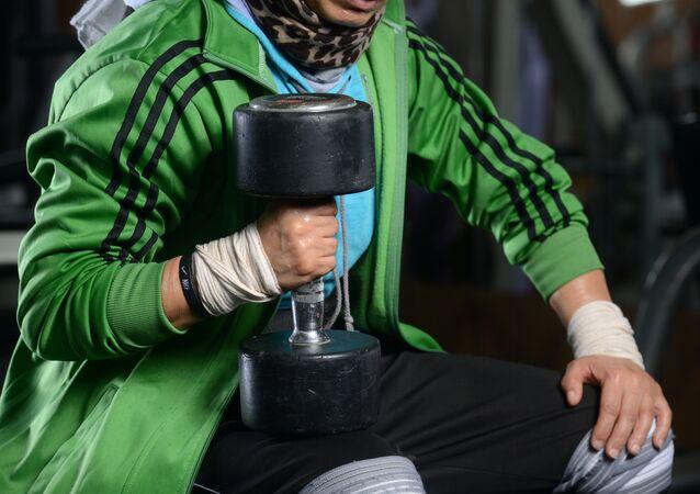 البطلة الليبية فتحية العمامي