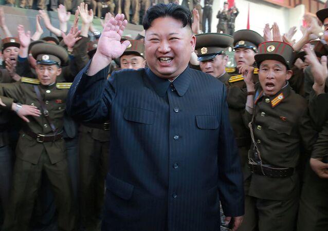 كوريا الشمالية -الزعيم الكوري كيم جونغ أون