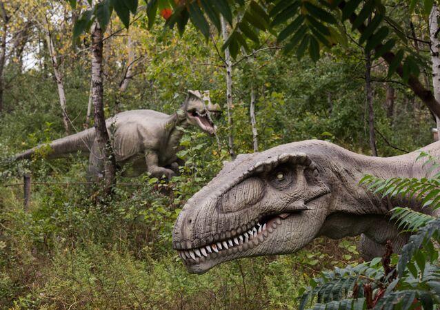 ديناصورات