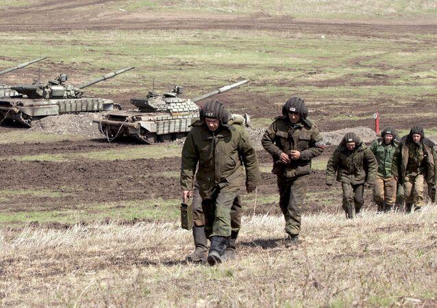 تدريب قوات جمهورية لوغانسك الشعبية