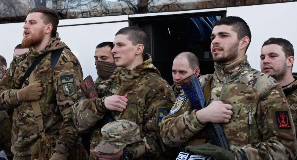 إرسال كتيبة سيتش إلى جنوب شرق أوكرانيا
