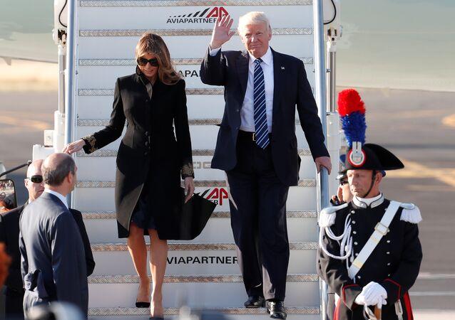 ترامب وميلانيا يصلان روما