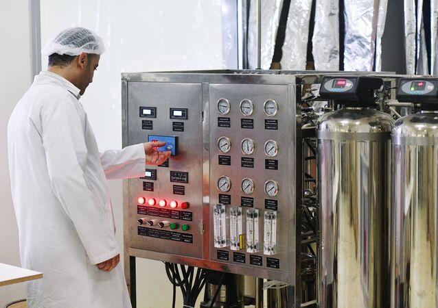 مصنع أدوية في دمشق، سوريا