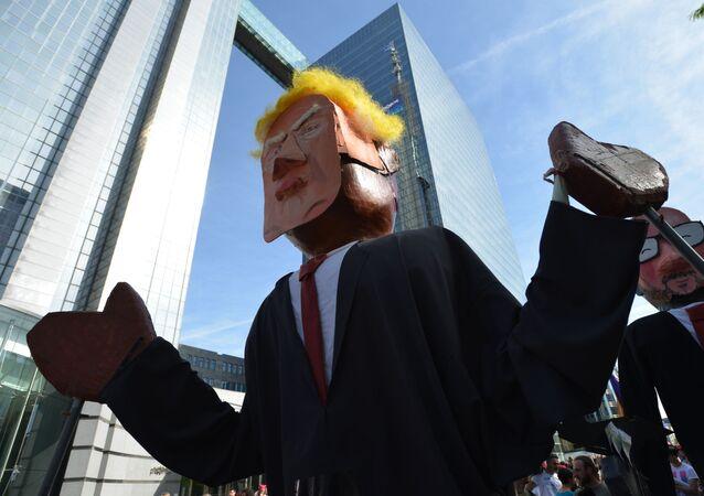 مظاهرات ضد الرئيس الأمريكي دونالد ترامب في بروكسيل، بلجيكا