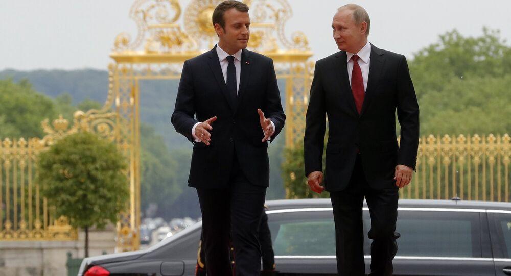 ماكرون يلتقي بوتين في باريس