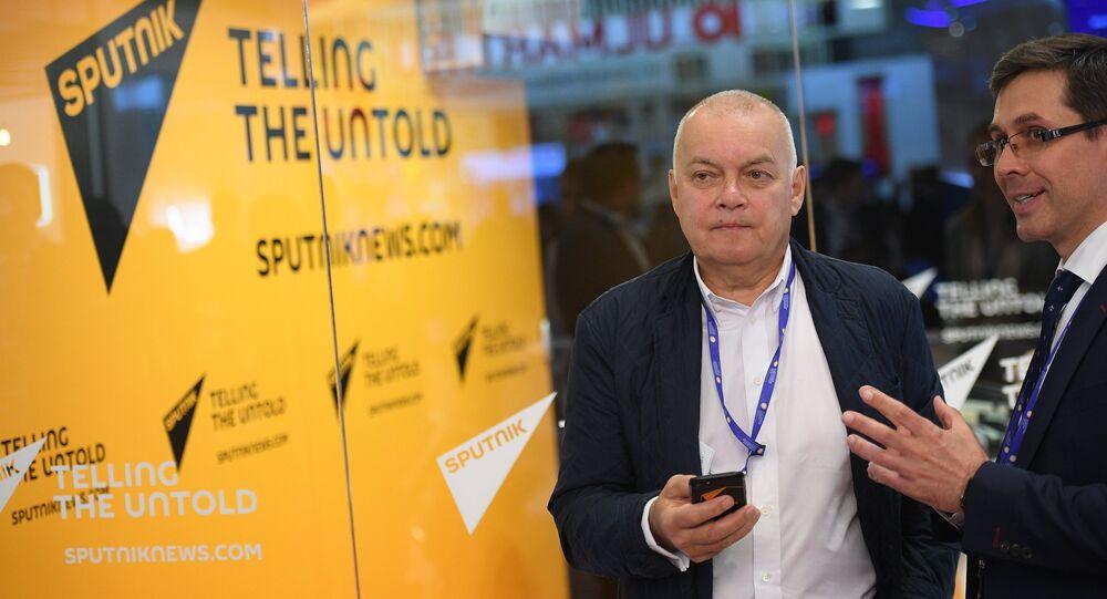 مدير عام وكالة روسيا سيغودنيا دميتري كيسيليوف - أعمال منتدى بطرسبورغ الاقتصادي الدولي لعام 2017