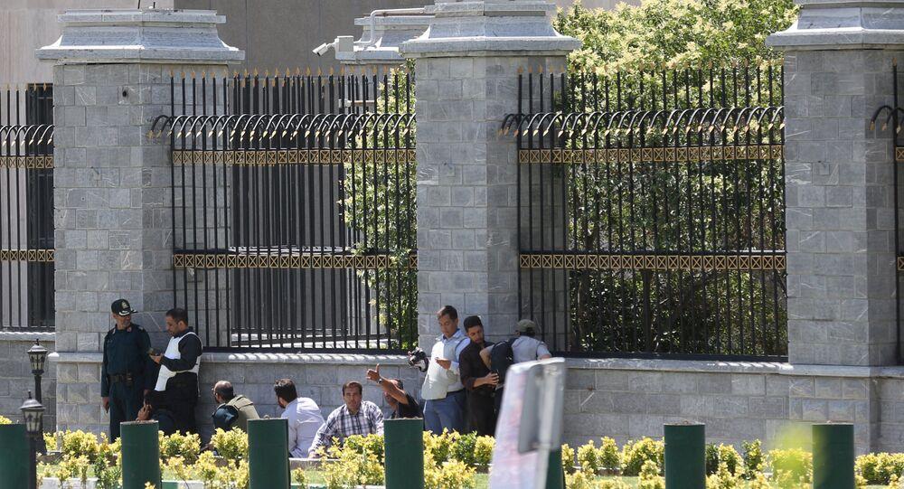 هجوم على البرلمان الإيراني