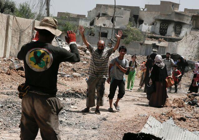 مدنيون في الموصل