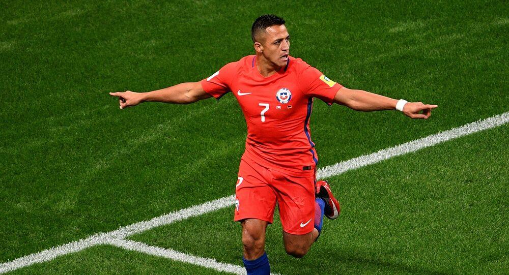أليكسيس سانشيز لاعب المنتخب التشيلي