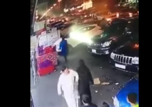 شجار بين رجل وإمرأة في السعودية