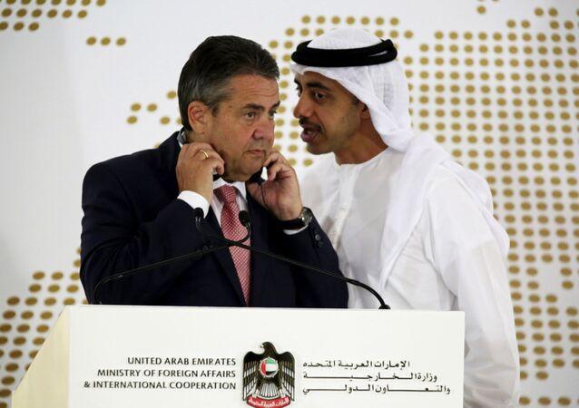 الأزمة القطرية - وزير الخارجية الألمانية زيغمار غابرييل، وزير الخارجية الإمارتي عبدالله بن زايد آل نهيان في أبو ظبي، الإمارات 4 يوليو/ تموز 2017