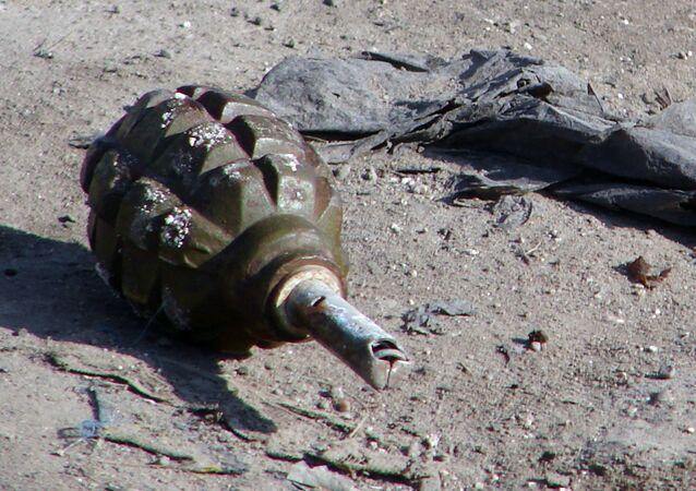 قنبلة يديوية