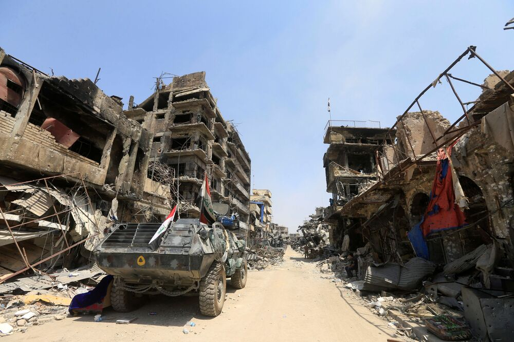 مدرعة عسكرية عراقية في مدينة الموصل، العراق 9  يوليو/ تموز 2017