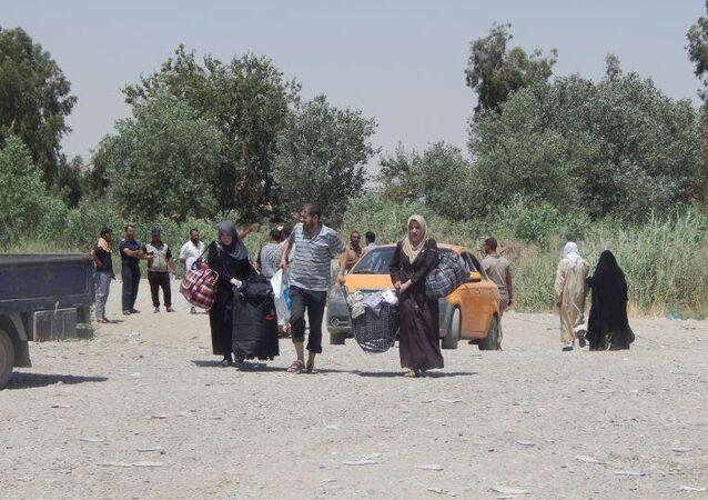 عبور النازحين العراقيين من أيمن الموصل إلى أيسره، العراق