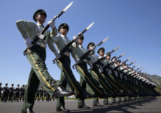 الجيش الصيني خلال تدريب للاحتفال بذكرى السبعين للانتصار على الفاشية