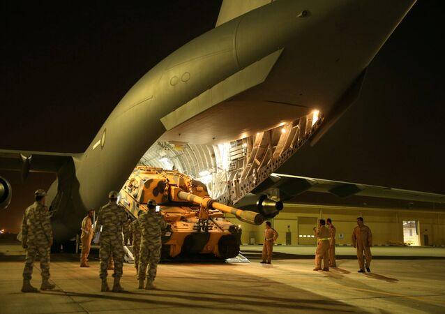 قوات عسكرية تركية تصل قطر