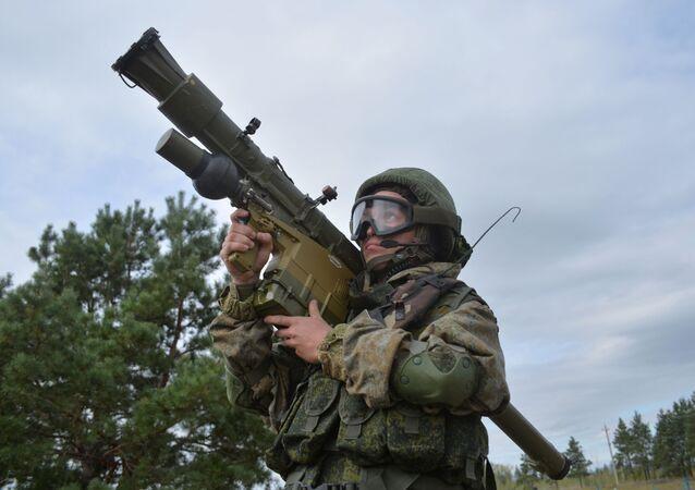 منظومات الدفاع الجوي المحمولة على الكتف