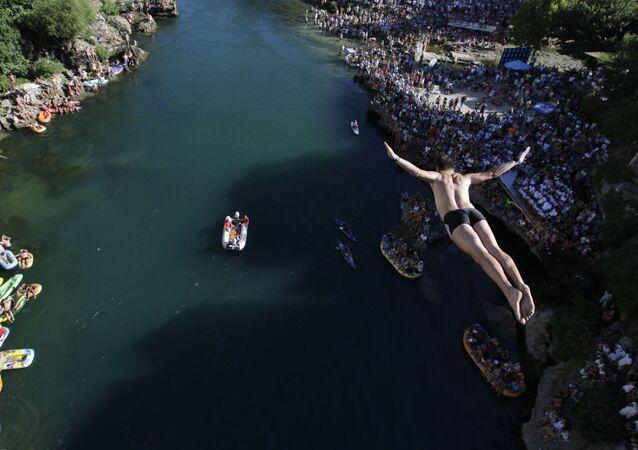 مسابقة القفز من الجسر القديم: في البوسنة والهيرسك، 30 يوليو/ تموز 2017