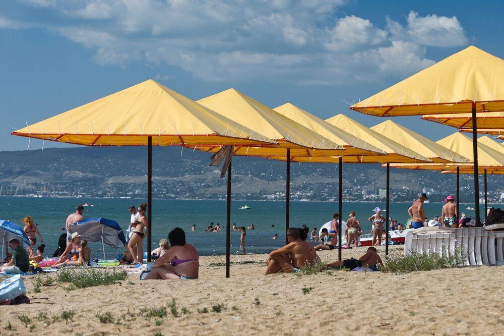 القرية السياحية بيريغوفوي على البحر الأسود