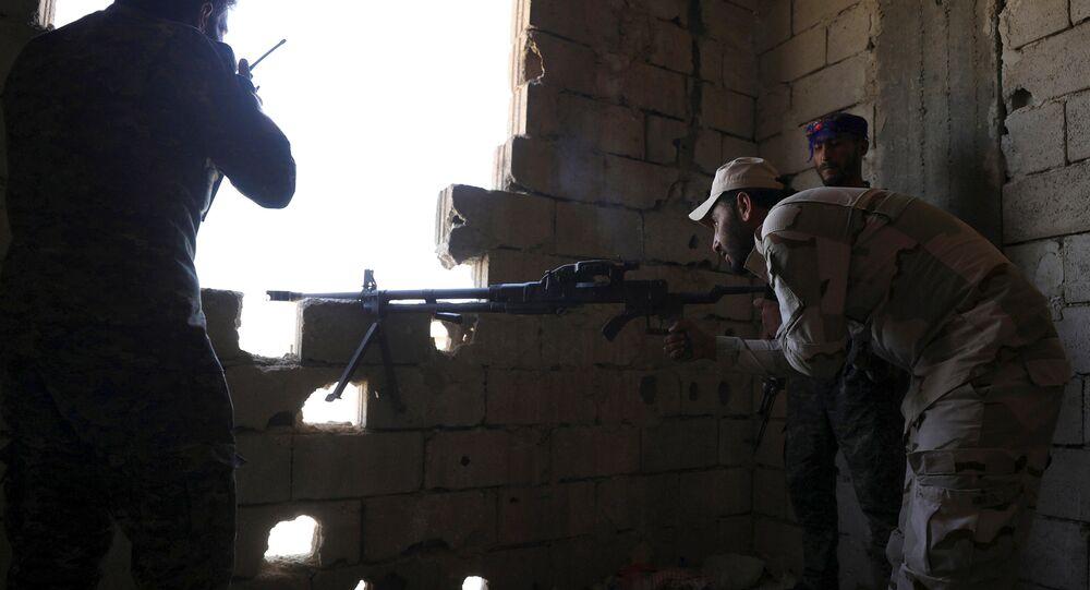 مقاتلين من قوات سوريا الديمقراطية
