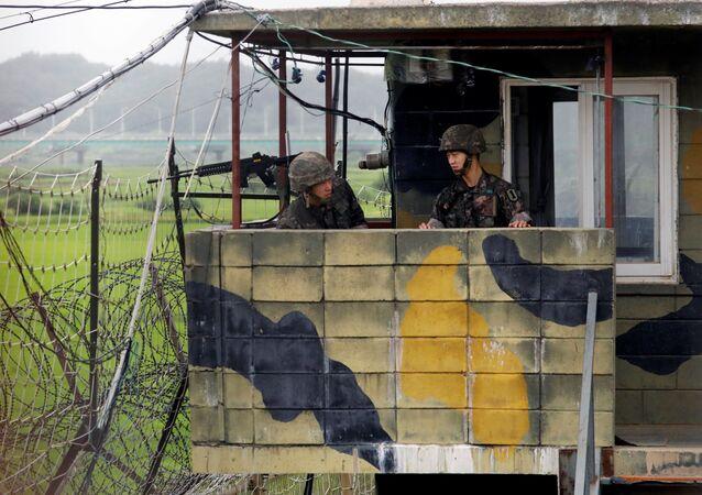 زيادة حدة التوتر بين الولايات المتحدة الأمريكية وكوريا الشمالية، كوريا الجنوبية