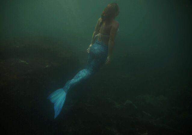 مدربة استعراض حورية البحر لوتشانا فوزيتي، البرازيل