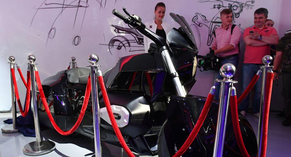 دراجة نارية من إنتاج شركة كلاشنيكوف