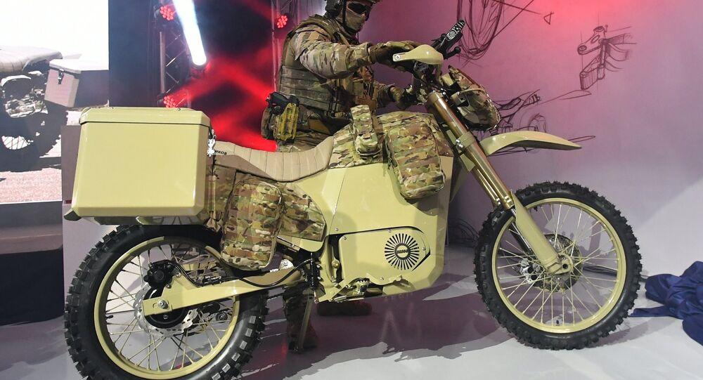 دراجة نارية عسكرية