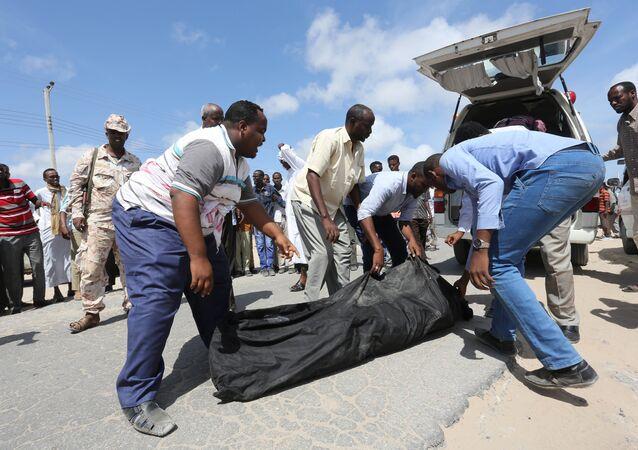 صوماليون يرفضون دفن موتاهم