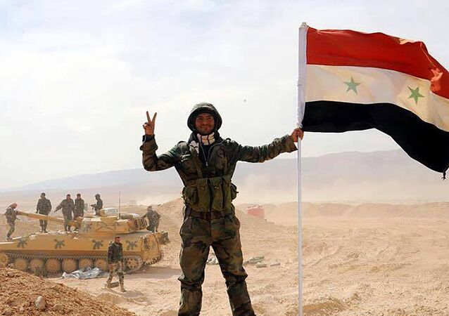 الجيش السوري يفك الحصار عن مدينة دير الزور