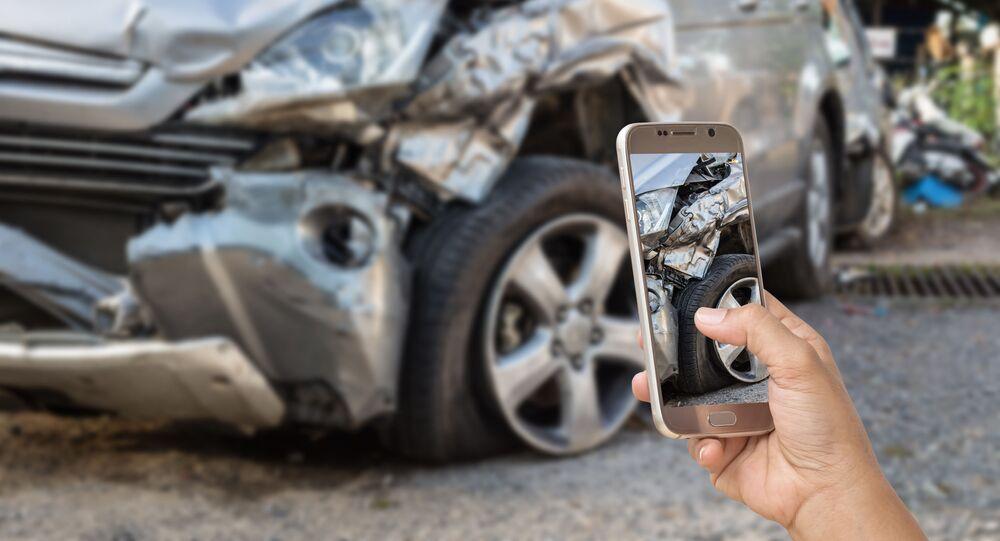 صورة سيارة وقعت في حادث