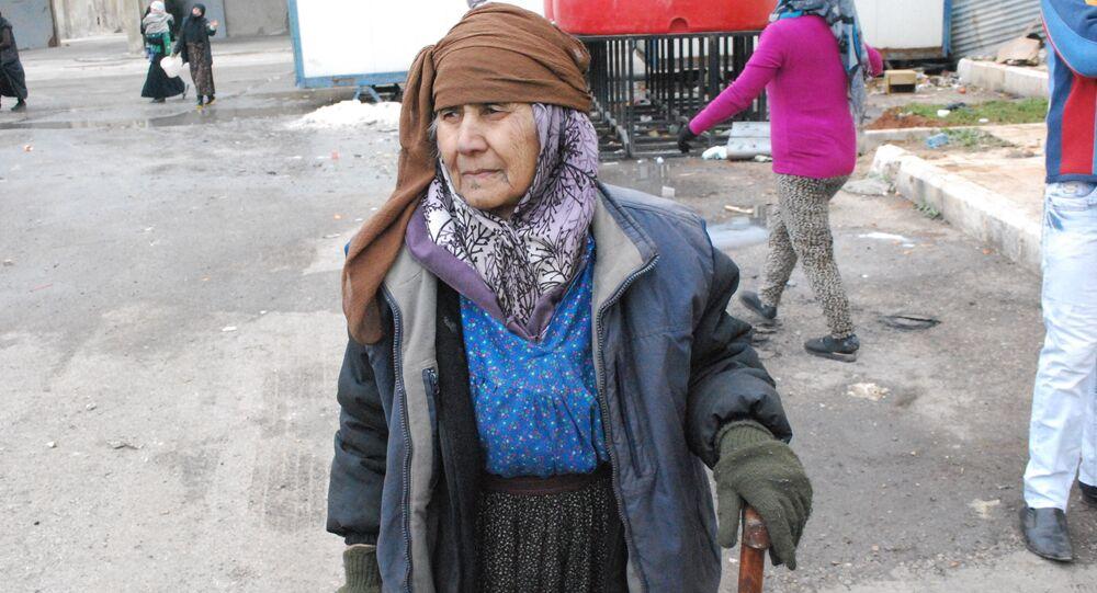 مواطنة عجوز من دير الزور السورية